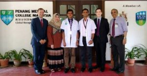 Photo of MOSC Students with Professors of Surgery and Medicine
